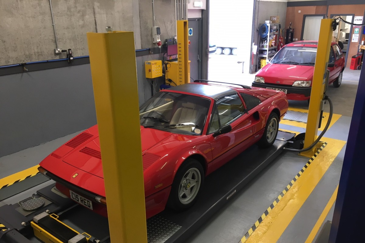 MOT Bay (Ferrari to Fiesta)