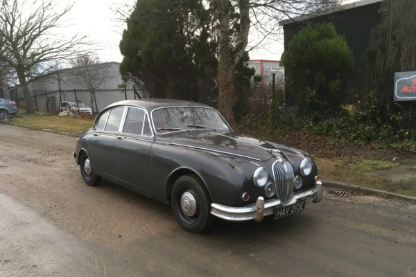 """NEW ARRIVAL""  1967 JAGUAR MK2 / 2 LOCAL OWNERS & ONLY 44,000 MILES"